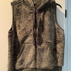 NWT Eddie Bauer Gray Heaven Plush Fleece Vest XL